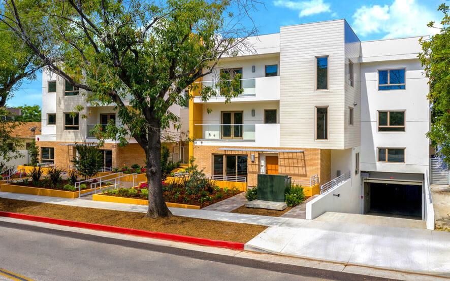TThe Cassini, 135-145 S. Wilson Avenue - Pasadena condominiums - Exterior front