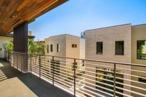 West Grove Pasadena condominiums, 125 Hurlbut Street - Walkway