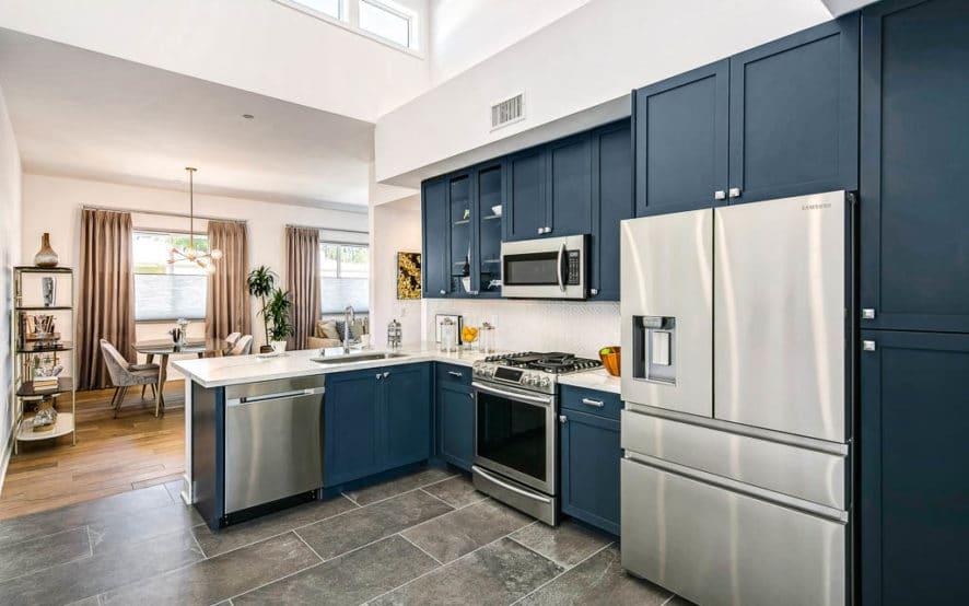 West Grove Pasadena condominiums, 125 Hurlbut Street - Kitchen