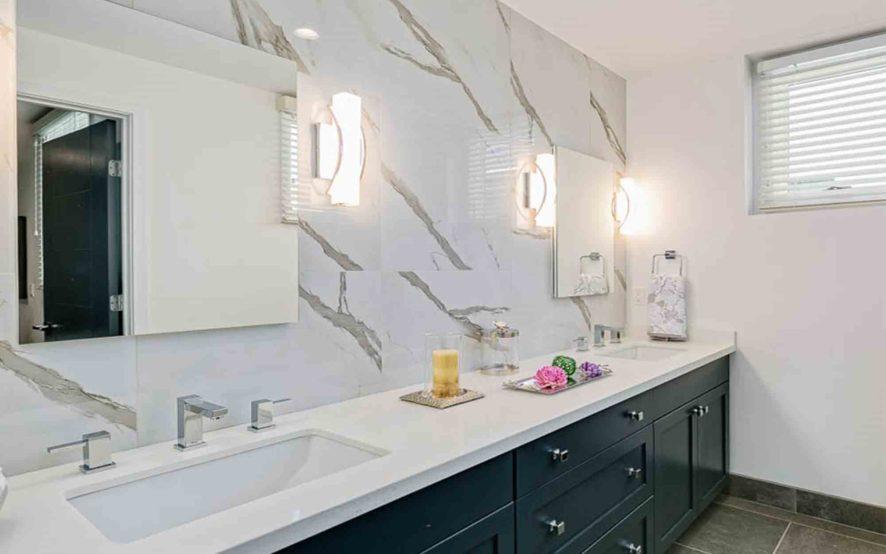 West Grove Pasadena condominiums, 125 Hurlbut Street - Bathroom